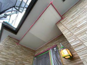 下屋根の軒塗装