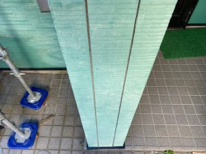 一階玄関周り プライマー塗布