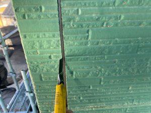 三浦市にて外壁塗装工事 コーキング打ち替え