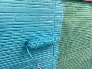 外壁2階部分の下塗り塗装