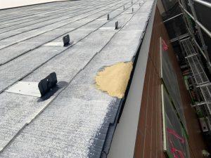 外壁塗装工事 破風部分のパテ打ち・シーリング・下塗り