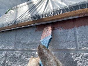 下塗りと中塗り、さらにライン出しを進めます。